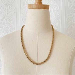 Vintage Avon Goldtone Spiral Necklace